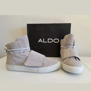 NEW ALDO LEATHER SNEAKERS Light Grey, Size 9.5